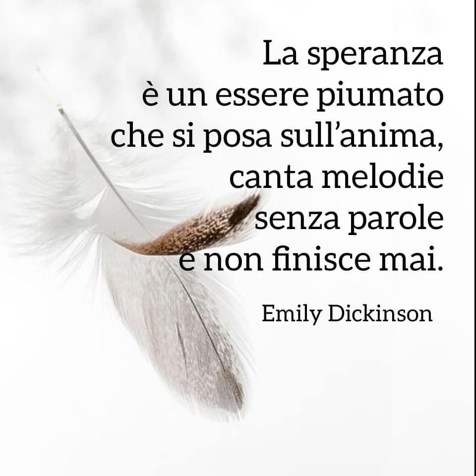 Poesie sulla gioia e la felicità - Poesie di Emily Dickinson - La speranza